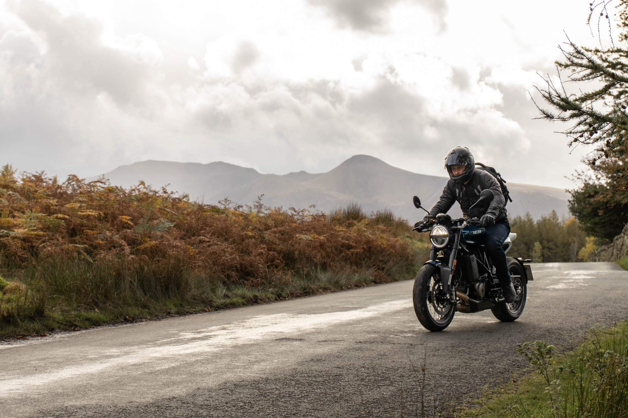 Best Motorcycle Gear for Autumn - Winter