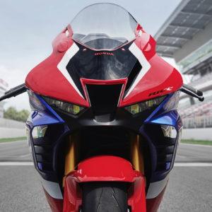 2021_Honda_CBR1000RR-R_Fireblade_SP_track